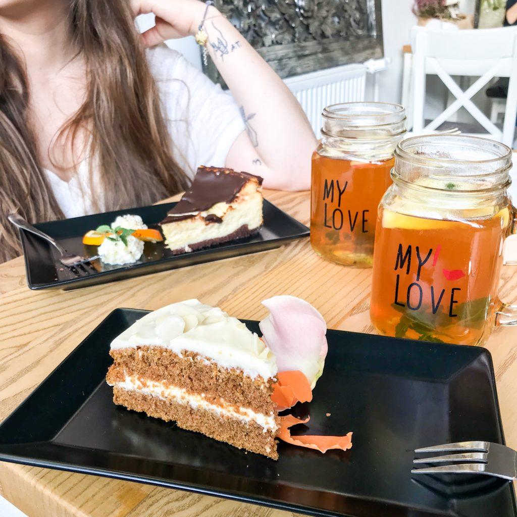 zdrowe marchewkowe ciasto